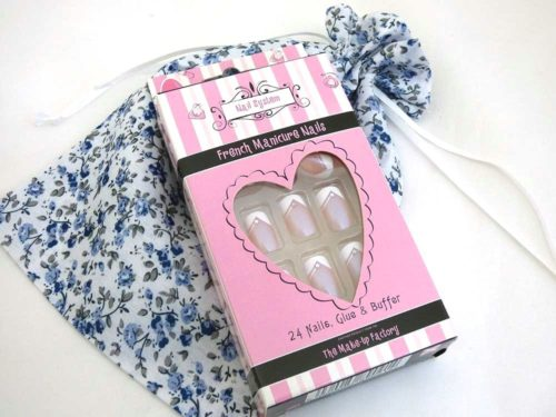 Special French Manicure Floral Party Bag