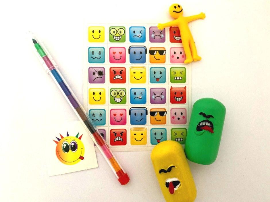 Smiley Emoji Monster Party Bag