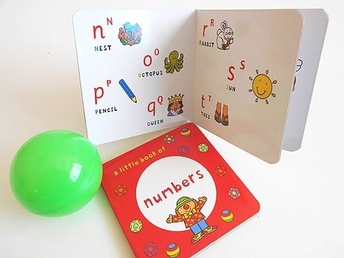 Fun to Learn Books and Ball Party Bag
