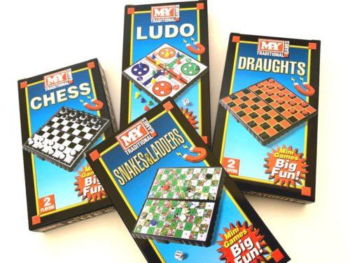 Mini Magnetic Board Game