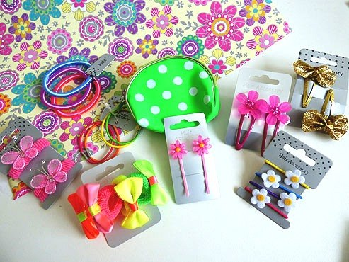 Pretty Girly Things Pass the Parcel