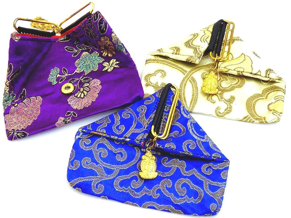 Chinese Popper Purse