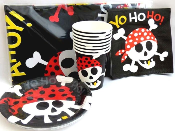Pirate Table Setting Party Pack for 8 people