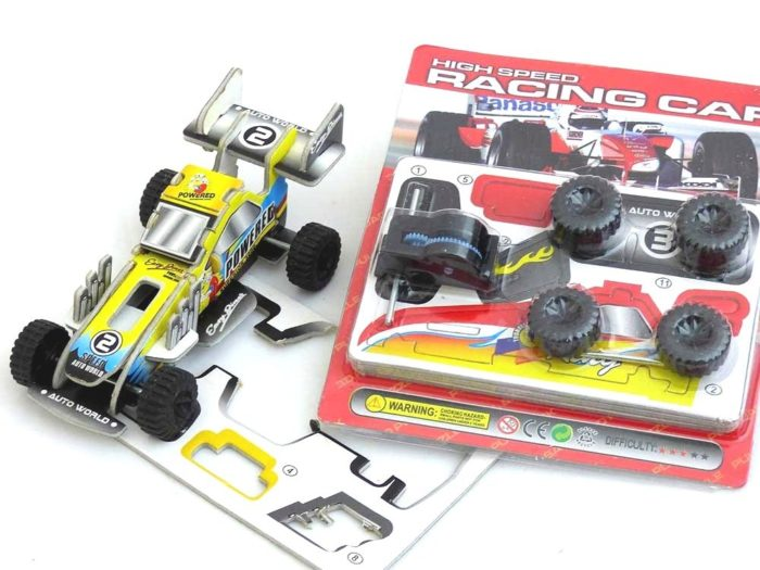 Self Assembly Pull-Back Racing Car